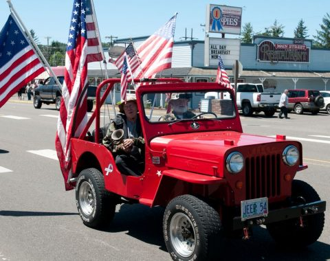 Leafdahl Red Jeep